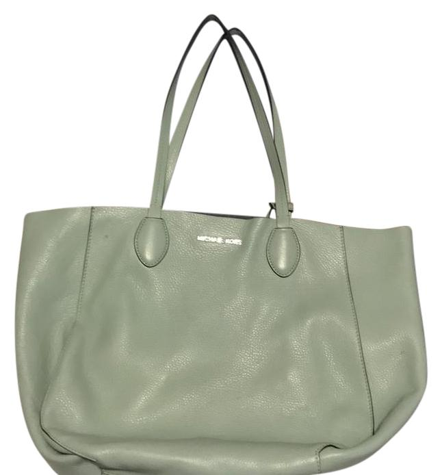 Michael Kors Tote in mint/silver