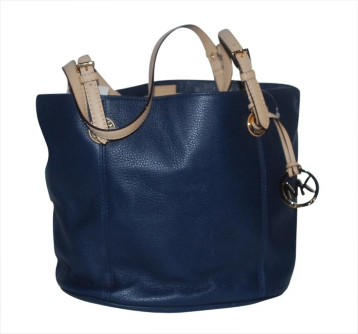 Michael Kors 38t2xttt2l Navy Tote Bag on Sale, 19% Off | Totes on Sale