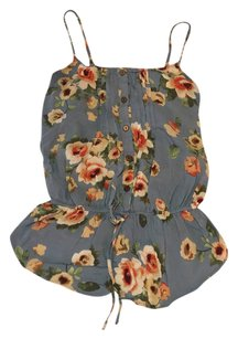 Only Mine Top blue floral print