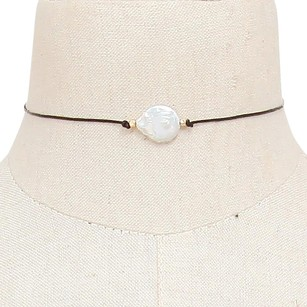Modern Edge Mother of pearl choker necklace