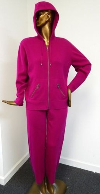 Neiman Marcus 100 Cashmere Raspberry 2pc Zip Jacket Pant Suit 80%OFF