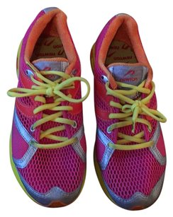 Newton Pink/Multi Athletic