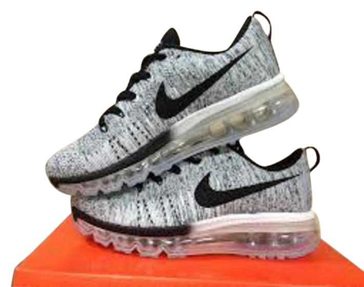 a45faf850c56 ... germany nike ultra light nike air max flyknit 2015 nike wmns flyknit  air max multicolor oreo