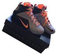 Nike Hot lava Athletic