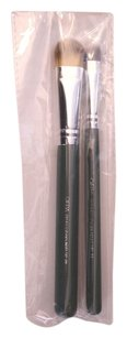Ofra New Ofra Professional Makeup Brushes #20 & #11 - Eye shadow/Concealer + Foundation/Wide Shadow