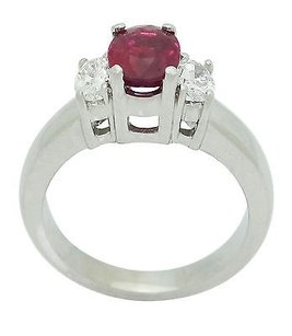18k White Gold Vs F-g Oval Cut Diamond 1.44 Carat Oval Cut Ruby Ring R767