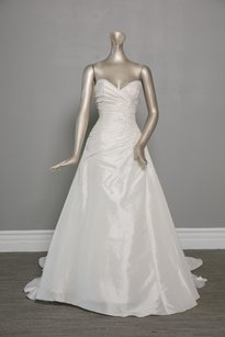 Creme/ Silver Accents Taffeta 2651 Traditional Wedding Dress Size 8 (M)