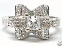 Fine 18kt Princess Cut Diamond Engagement Diamond Ring