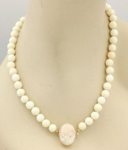Estate 14k Gold Coral Beads Necklace With Carved Coral Cameo Clasp