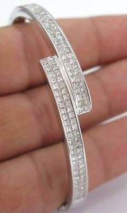 Fine 18k Princess Cut Invisible Diamond Bangle Bracelet
