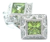 14kt,Square,Green,Peridot,Diamond,Milgrain,White,Gold,Huggie,Earrings,2.16ct