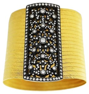 Y. Akdin 22k Yellow Gold Woven Bracelet Diamond Clasp