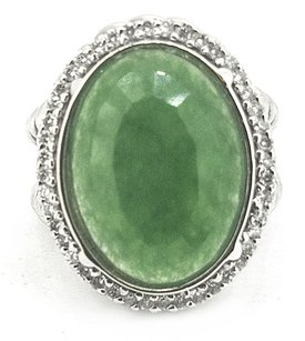 Other Ladies 14k White Gold 9.ct Emerald & Diamond Ring
