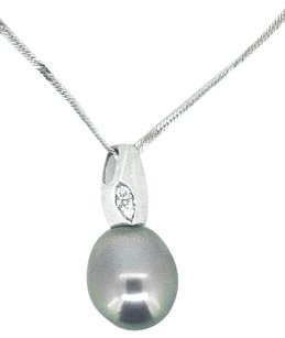 Other Ladies 14k White Gold Diamond Tahitian Pearl Necklace