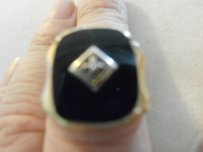 Men's 10k Solid Yellow Gold Black Onyx Ring *8.4 Grams* Size 8 1/2