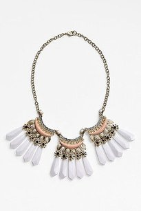Nordstrom White Fan Crystal Peach Collar Necklace