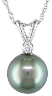 14k White Gold 8-9 Mm Tahitian Pearl Diamond Pendant 0.05 Ct Cttw I-j I2-i3 17