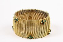 Vintage Jewels By Julio Gold Tone Green Mesh Metal Crystal Wide Bangle Bracelet
