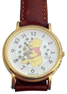 Vintage Lorus Mens Winnie The Pooh Watch V531-8a00 Works Battery
