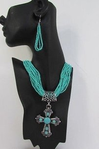 Women 16 Long Turquoise Beads Western Fashion Necklace Metal Cross Pendant