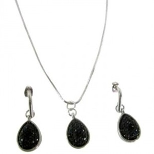 Pear Cut Pendant Glittered Black Pearls Drop Pendant Jewelry Set