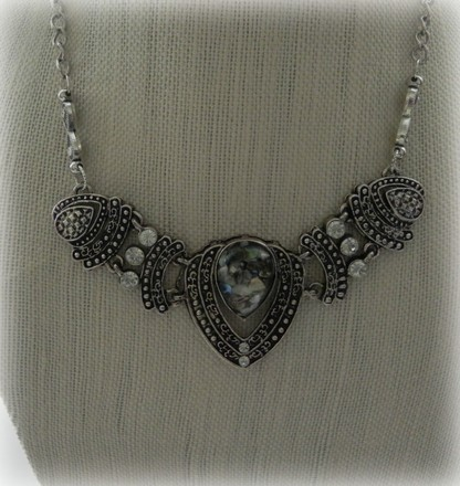 Other Retro necklace