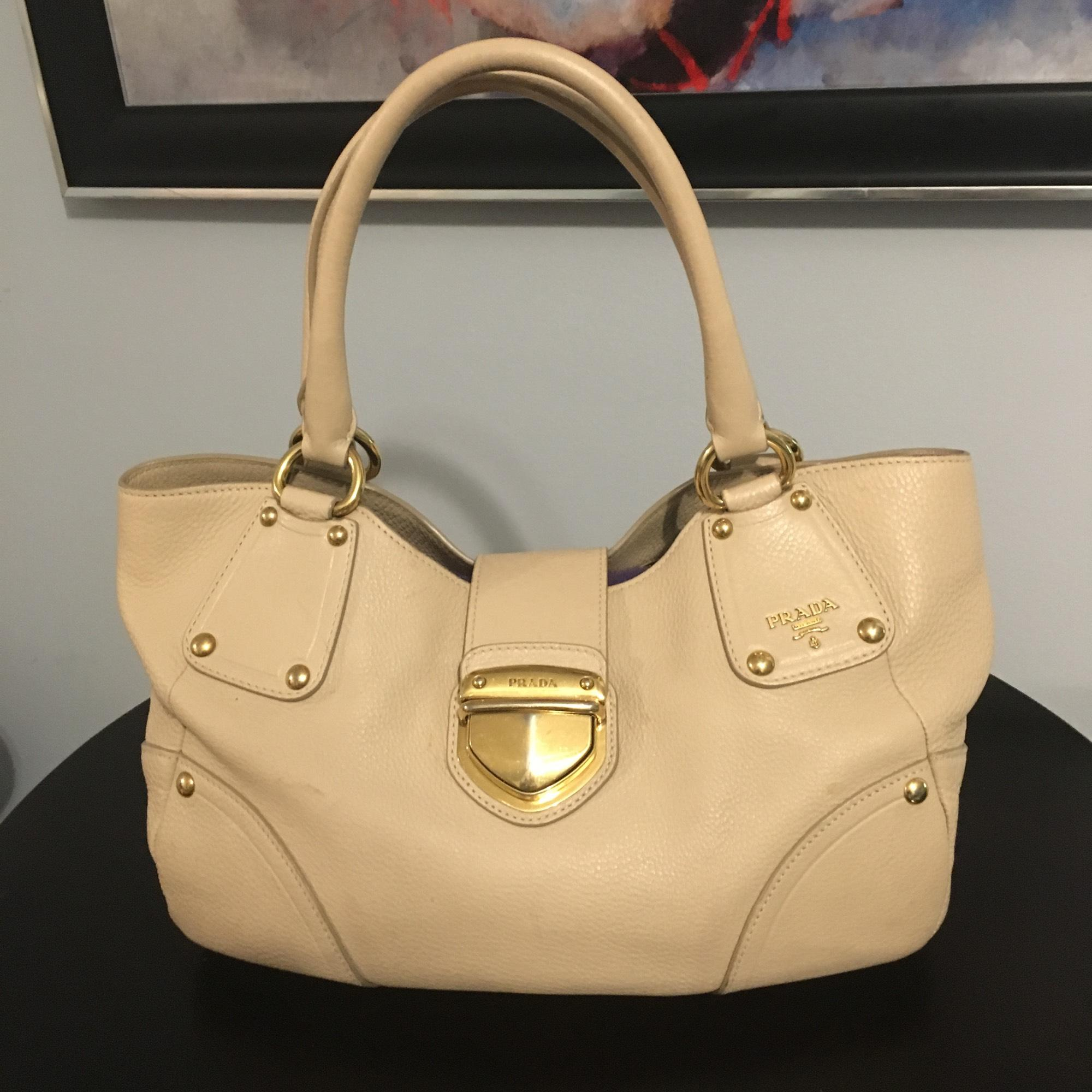 1bb00043a426 authentic prada nude leather tote tradesy 3bf14 001eb