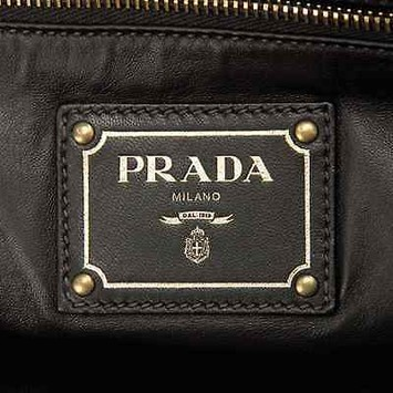 prada python pietre shoulder bag