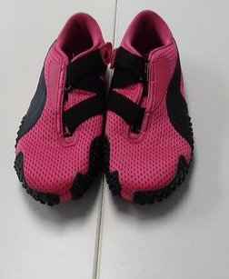 Puma Tennis Synthetic B3102 Hot Pink And Black Athletic