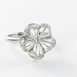 Roberto Coin Roberto Coin Ring Flower 0.14cts Diamonds 18k White Gold