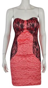 Romeo & Juliet Couture Amp Coral Textured Above Knee Dress