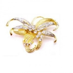 Gold Sashes Artistically Designed Bow Pefect Brooch/Pin