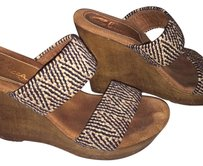 Sbicca Woven Brown/Black Wedges