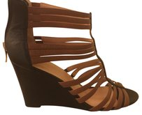 Sole Society Camel / Black Wedges