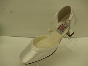 Special Occasions by Saugus Shoe 3830 White Size 5.5w New ...