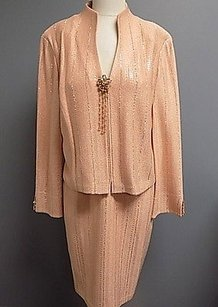 St. John St. John Evening Peach Gold Sequenced Skirt Suit And Wool Blend 839a