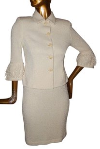 St. John St John Collection Ivory Boucle Knit Fringe 2pc Jacket Skirt Suit