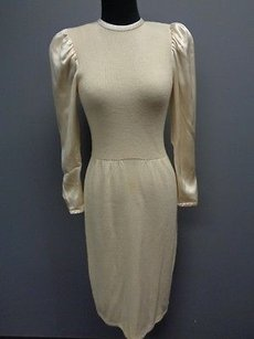 St. John short dress Ivory John Cream Wool Blend Long Sleeve Knit Vintage Sweater Sma6966 on Tradesy
