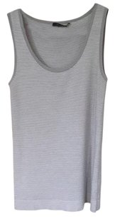 St. John Top Gray