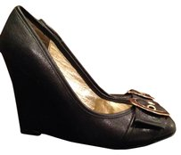 Steve Madden black/gold Wedges