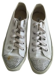 Steve Madden White Athletic