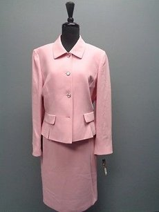 Tahari Tahari Pink Button Up Skirt Suit W Faux Pockets Polyester Sm2730