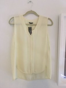 Theory Top Pastel Yellow