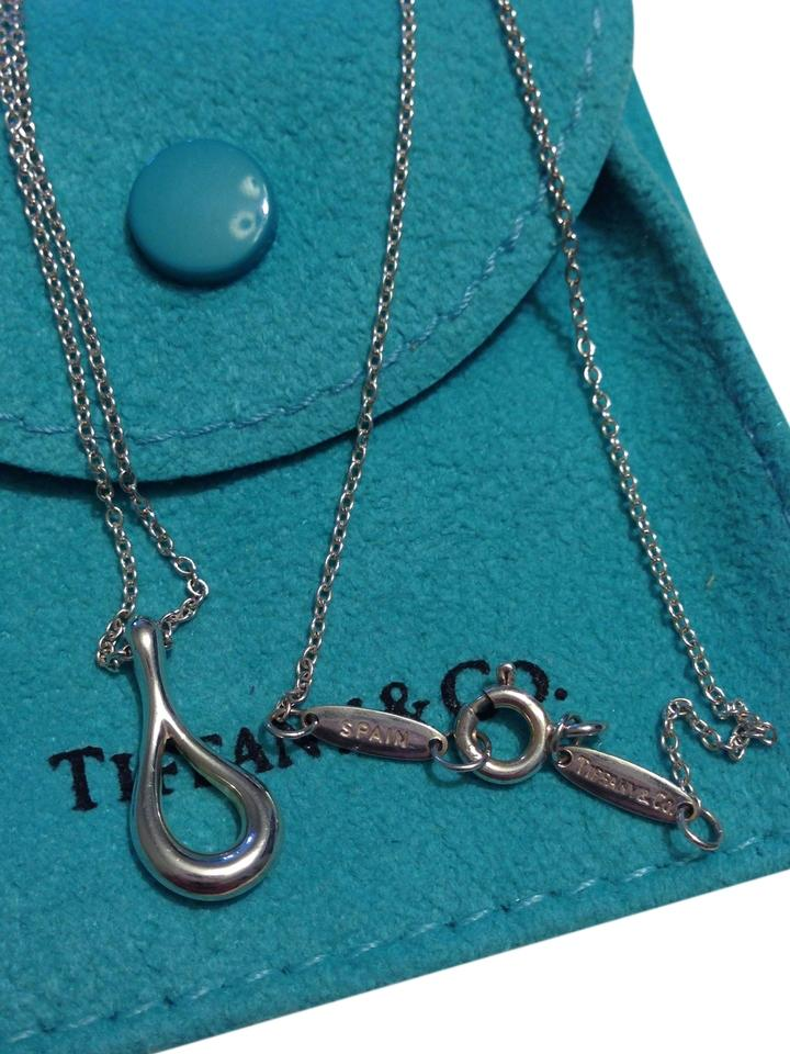 Elsa Peretti Teardrop pendant in sterling silver and turquoise Tiffany & Co. t2kc61Q5