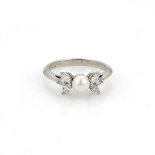 Tiffany & Co. Tiffany Co. Diamond Pearl Platinum Floral Ring