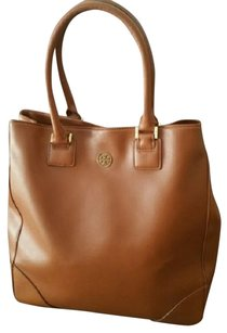 Tory Burch Italian Leather Logo Tote in Saddle/Tan