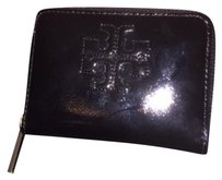 Tory Burch NWT Tory Burch Charlie Patent Zip Coin Case