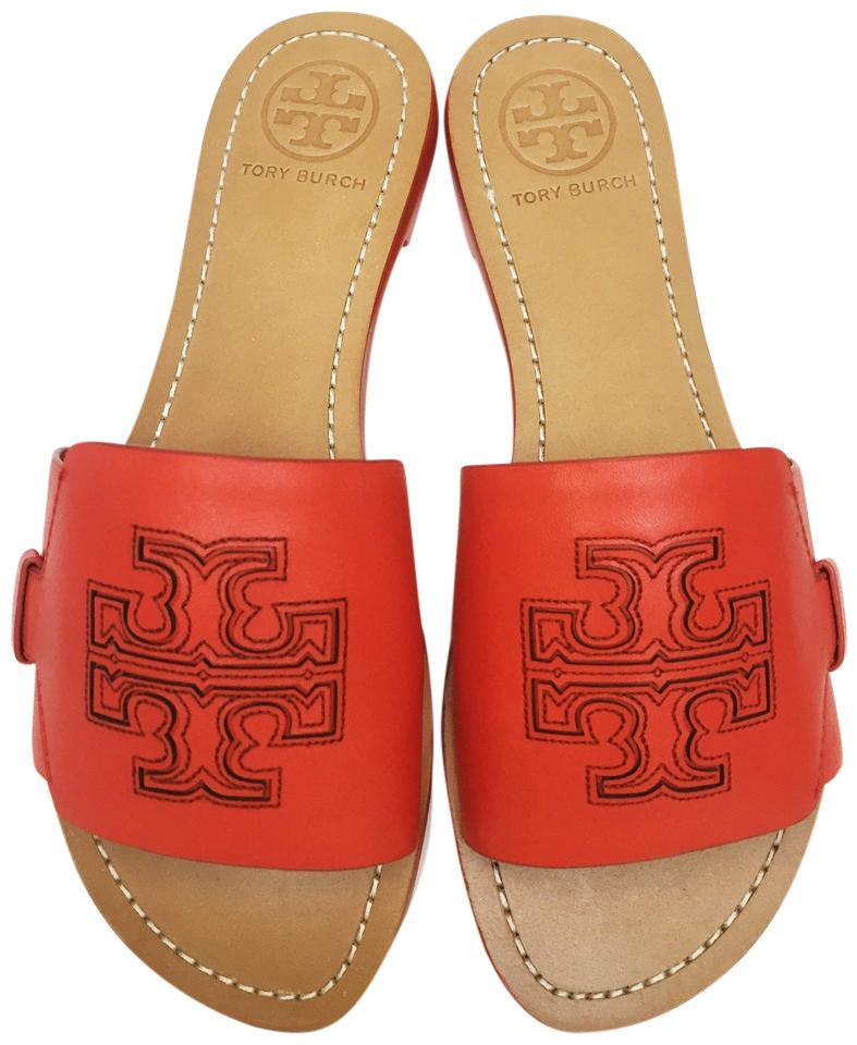 sharing the best picks tory burch fall sale and why each of them is a must have for both year round staples and fall must haves! sharing the best picks tory burch fall sale and why each of them is a must have for both year round staples and fall must haves!. •. Made by Gadabout Creative.