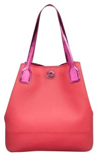 Tory Burch Tote in Strawberry