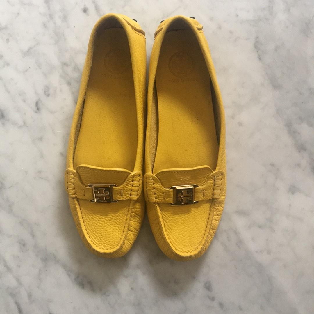 5d5432afc746 Tory Burch Yellow Leather Flats Size US 10.5 10.5 10.5 Regular (M